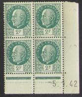 Pétain  En Bloc De 4 Coin Daté - Pas Cher - 1932-39 Peace