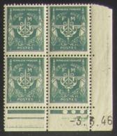 Franchise Militaire F M  En Bloc De 4 Coin Daté - Pas Cher - 1932-39 Paix