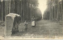 ( MONTIGNY )( 76 SEINE MARITIME ) FORET DE ROUMARE  ( MEGALHITES ) - France