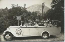 Carte-photo : Touristes D'OLIVET (Loiret) En Visite à LOURDES. Années 30. - Lourdes