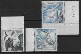 MONACO - RARES AERIENS YVERT N° 66/68 ** MNH (INFIME ADHERENCE SUR 67/68 - VOIR DOS) - COTE = 650 EUR. - OISEAUX - Airmail