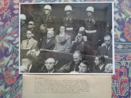 PROCES DE NUREMBERG E. KALTENBRUNNER R. HESS VON RIBENTROP W. KEITEL 18 X 23 Cm GUERRE NAZISME 1945 - Guerre, Militaire