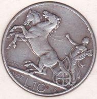 ITALIE. 10 Lire Biga 1927 R (Rome), 2 Rosette. Vittorio Emanuele III, En Argent - 1900-1946 : Victor Emmanuel III & Umberto II