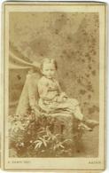 Photo CDV. Enfant, Ernest Puissant. Foto Kampf, Aachen. - Photos