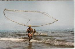 TAHITI - Le Lancer Du Filet - Tahiti