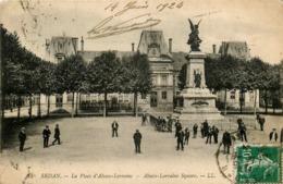 Sedan * La Place D'alsace Lorraine * Animé - Sedan
