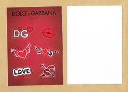Carte Promo Perfume Card Avec 6 Stickers DOLCE & GABBANA * SAINT VALENTIN VALENTINE 2018 * R/V * 10,5 X 15 Cm - Modernes (à Partir De 1961)