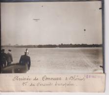ARRIVÉE DE CONNEAU SUR BLÉRIOT 1ER DU CIRCUIT EUROPÉEN  AVION AVIACION 18*13CM Maurice-Louis BRANGER PARÍS (1874-1950) - Aviación
