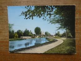 Chalons-sur-marne , Le Canal - Châlons-sur-Marne