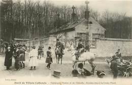02* VILLERS COTTERETS Ch A Courre – Le RDV Croix Morel      MA94,0120 - Villers Cotterets