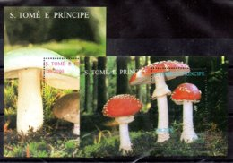 Santo Tomé Y Principe Hojas Bloque Nº Yvert 163W/X ** SETAS (MUSHROOMS) - Sao Tomé Y Príncipe