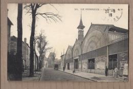 CPA 94 - LE PERREUX - Le Marché - TB PLAN EDIFICE COMMERCE CENTRE VILLE Animation Rue CENTRE VILLE - Le Perreux Sur Marne