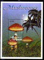Micronesia Hoja Bloque Nº Yvert 116 ** SETAS (MUSHROOMS) - Micronesia