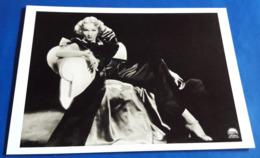MARLENE DIETRICH # Portrait (1935) # Modern Photo-PostCard # [19-938] - Schauspieler