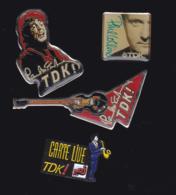 59929-lot De 4  Pin's.-TDK.m'c Cartney.phil Collins.. - Musique