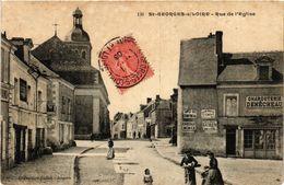 CPA St-GEORGES-sur-LOIRE - Rue De L'Église (296789) - Saint Georges Sur Loire