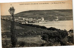 CPA St-MICHEL-en-GREVE - Le Bourg Et La Plage (243236) - Saint-Michel-en-Grève