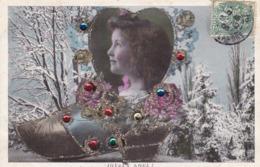 """CARTE FANTAISIE.. """" JOYEUX NOEL """". FILLETTE  DANS UN MÉDAILLON EN FORME DE CŒUR. SABOT. BRILLANTS AJOUTES ANNEE 1906 - Noël"""
