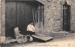 14-LES NORMANDS- LE VANNIER - Frankrijk