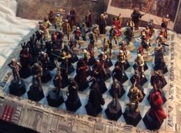 JEU D'ECHEC COMPLET STAR WARS 64 Figurines De LUXE (2 Jeux De 32) Et Son Plateau De 3,5 Kg ! Comme Neuf ! - Star Wars