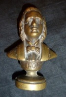Cachet Du Buste De Chopin  En Bronze ( Pas Gravé Aux Initiales ) - Cachets