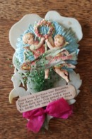 Anges Angelots - Chromo Découpis Gaufré / Embossed Sur Fleur (Pensée) En Celluloid - Poisson Volant Tissu, Papier Crépon - Angels
