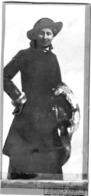Frau Mit Hut - Kabinettfoto Von J. Grieshaber München Dachauerstr. 6/0 Ca 1890 - Fotografie