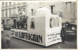 """30 - Saint Ambroix - Carte Photo-Char Du Corso- Char """"Un Vivar,un Lafricain"""" (Deux Apéritifs De Belle Honneur) Très Rare - Saint-Ambroix"""