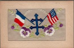 CPA FRANCE, Embroidered Silk DRAPEAUX FRANÇAIS Et ÉTATS-UNIS D'AMÉRIQUE, FRANCE And U.S.A. FLAGS - Embroidered