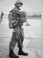PARACHUTISTE DE PAU+PARACHUTE A L'ENTRAINEMENT Année(±)50/60-Photographie ENA-Photos Photo Originale Guerre,Militaria - Krieg, Militär