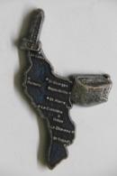 Pin's - Carte ILE D'OLERON (Saint-Georges, Domino, Boyardville Et Fort-Boyard, La Cotinière, Dolus) 17 CHARENTE MARITIME - Städte