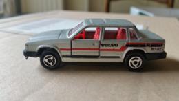 Majorette N° 230 Volvo 760 GLE Sedan Silver 1/61 - Majorette