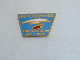Pin's ULM, VOL LIBRE PAYS DE BRAY - Avions