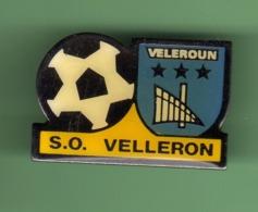 FOOT *** S.O. VELLERON *** 1046 (22) - Football