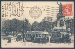 75 PARIS 10eme La Place Et La Statue De La République Tram - Arrondissement: 10