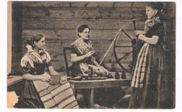 SC-1862   Ved Spinderokken ( Spinning Wheel) - Féroé (Iles)
