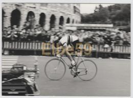 Ciclismo, 1977, Francesco Moser Campione Del Mondo, Vittoria Al Giro Del Lazio, Fotografia Amatoriale B/N, 20-9-77 - Ciclismo