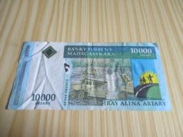Madagascar.Billet 10000 Ariary - 50000 Francs. - Madagascar