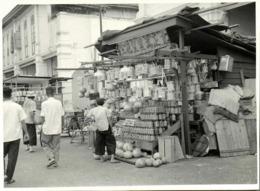 Malay Malaysia, PENANG (?), Unknown Road Scene, Street Seller (1940s) Real Photo - Malaysia