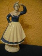 Porzellan Figur - Magd Schaut In Die Ferne  (797) - Sonstige