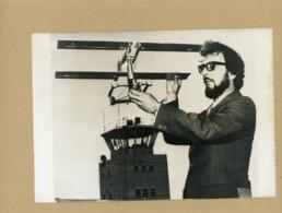 """Une """" Aile Volante """" Pour Stabiliser Les Avions RUDY PASPA  En Démonstration  1971 - Luchtvaart"""
