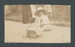 Photo Ancienne Real Foto Petit Garçon Kid Child Avec Son Jouet En Bois Wooden Jeu Jouet Toy Fin 1800 - Photographs