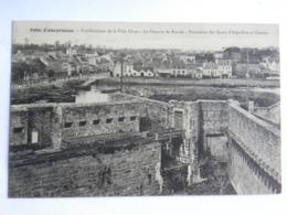 CPA (29) Finistère - CONCARNEAU - Fortifications De La Ville Close - Le Chemin De Ronde - Concarneau