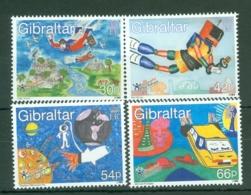 Gibraltar: 2000   Stampin The Future - Children's Competition   MNH - Gibilterra