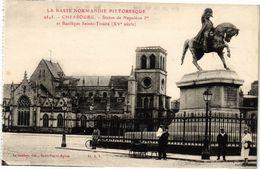 CPA CHERBOURG - Statue De Napoleon 1er Et Basilique St-Trinite XV S (245569) - Cherbourg