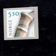 2003 SCOTT 1354 POSTFRIS MINT NEVER HINGED EINWANDFREI (XX) CRAFTS - DUOJDI KNIFE HANDLE - Norvège