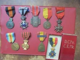BEAU LOT DECORATIONS 1914-1918 DONT MEDAILLE DE L'YSER - Belgique