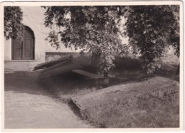 Lunden - Friedhof Der Ditschmarschen Bauerngeschlechter. Platten Am Hauptweg - Duitsland
