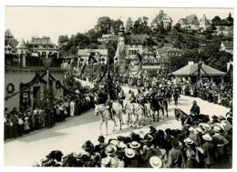 Ref 1329 - Postcard - Tibingen University Germany - Procession - Tuebingen