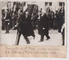 FUNÉRAILLES DU GAL BRUN MINISTRE DE LA GUERRE FALLIÈRES ET LEPINE 18*13CM Maurice-Louis BRANGER PARÍS (1874-1950) - Personalidades Famosas
